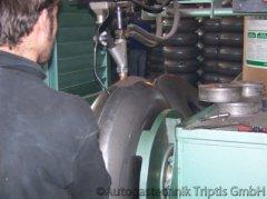Bearbeitung eines Autogas Tank - Ansicht 2